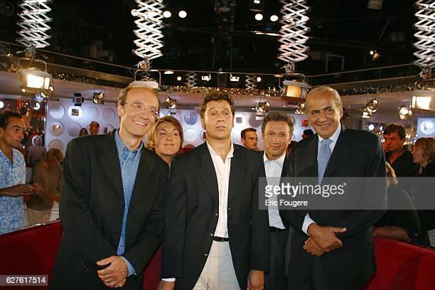 Philippe Geluck Nathalie Corre Laurent Gerra Pierre Benichou and Michel Drucker on the set of his Sunday television show Vivement Dimanche