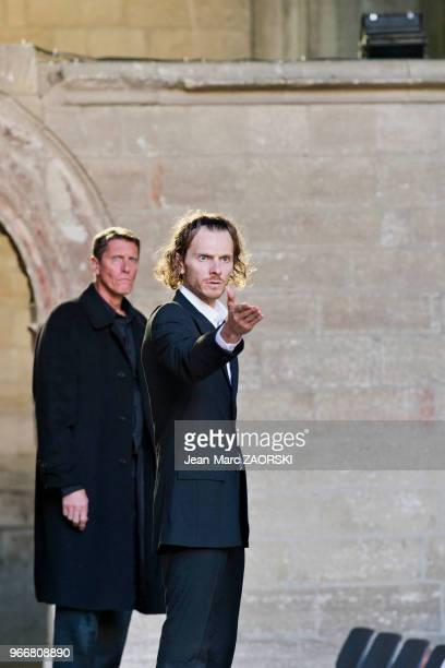 Philippe Girard et Frédéric Le Sacripan dans 'Les suppliantes Eschyle pièces de guerre' une adaptation pour le théâtre mise en scène par Olivier Py...