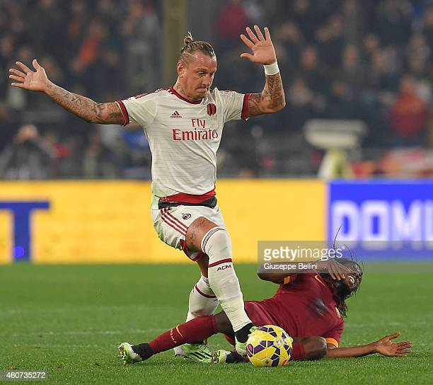 Philippe Mexes of AC Milan and Gervinho of AS Roma in action during the Serie A match betweeen AS Roma and AC Milan at Stadio Olimpico on December 20...