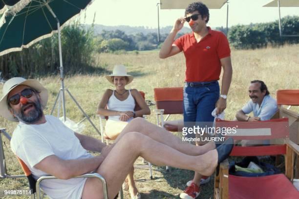 Philippe Noiret Catherine Alric et Francis Perrin lors du tournage du film 'On a volé la cuisse de Jupiter' de Philippe de Broca en novembre 1979...