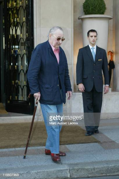 Philippe Noiret during French Actor Philippe Noiret Leaving the Four Seasons Hotel George V in Paris at Four Season's Hotel in Paris France