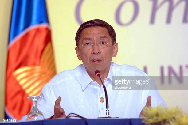 Philippine Ambassador Marciano Paynor announces to the media the cancellation of the Asean Summit in Cebu Philippines on Friday December 8 2006 The...