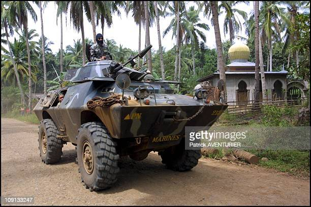 Philippine Marines Patrol Muslim Island Of Basilan On February 22Th 2002 In Isabela Philippines Philippine Marines Patrol Near Maluso The Area Where...