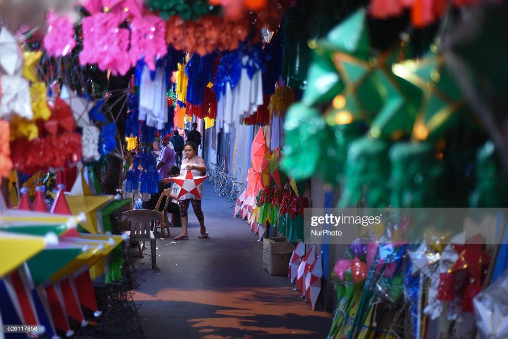 christmas lantern makers in manila news photo
