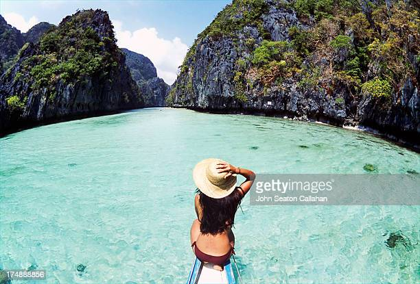 philippines, palawan province, miniloc lagoon. - el nido stock pictures, royalty-free photos & images