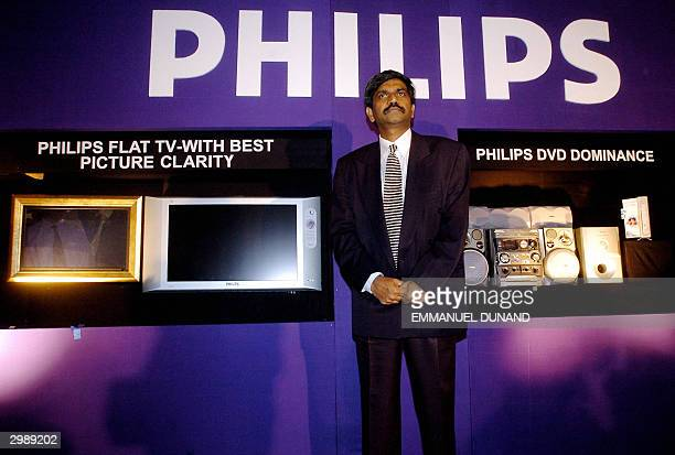 Philips India Consumer Electronics vicePresident Shivakumar introduces Philips latest home entertainement systems made available on the Indian market...