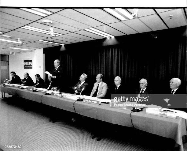 Philips Industries Annual Report Board Meeting Pictured L to R RE Ramsay Secretary Sir Eric McClintock Sir Alister Murdoch JE Thompson HD Huyer...