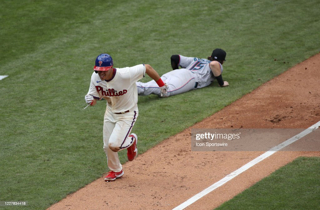 MLB: JUL 26 Marlins at Phillies : News Photo