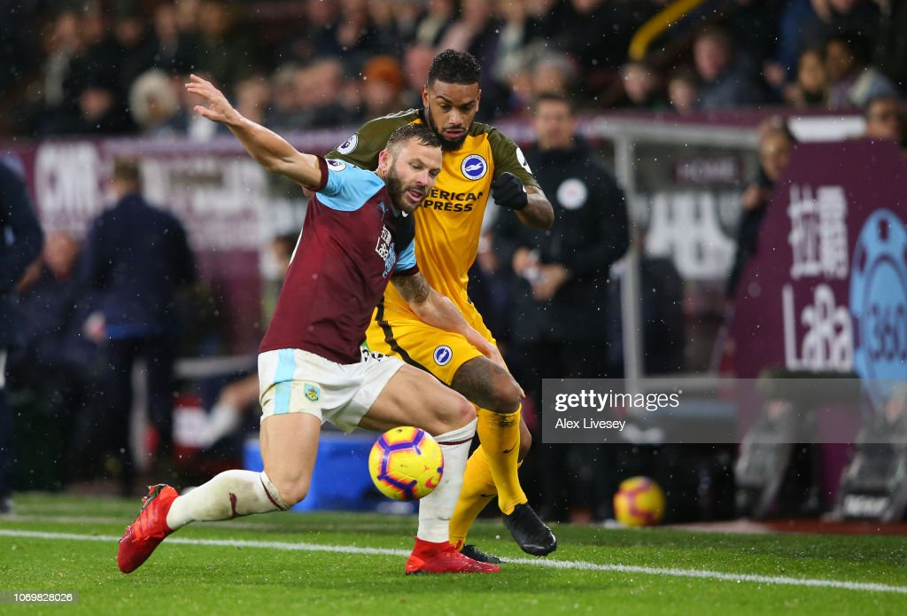 Burnley FC v Brighton & Hove Albion - Premier League : News Photo