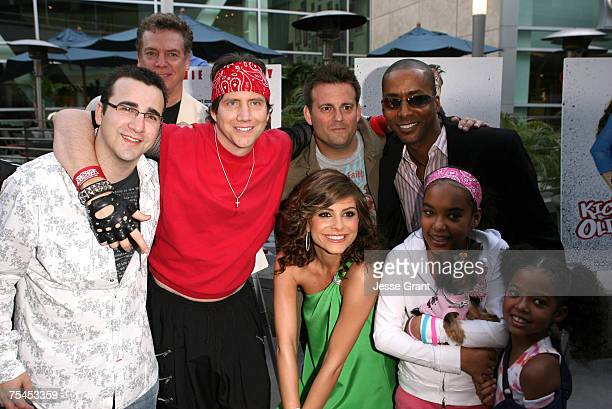 Phillip Glasser Jamie Kennedy John Hermansen Maria Menounos and Miguel Nunez with his family