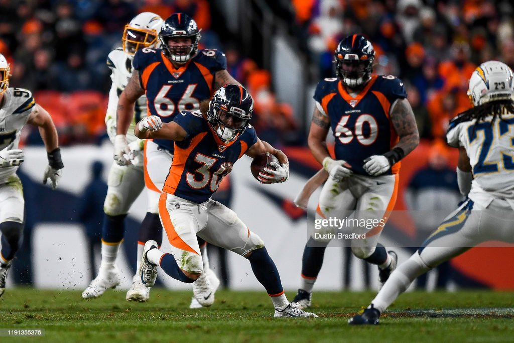 Los Angeles Chargers v Denver Broncos : News Photo