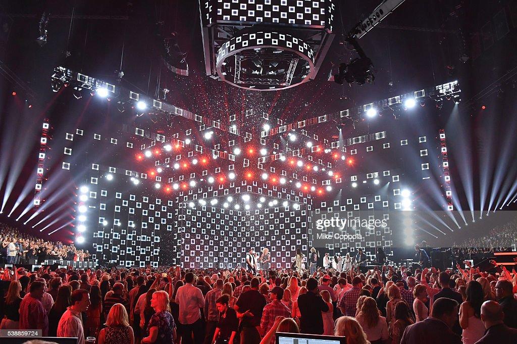 2016 CMT Music Awards - Show : News Photo