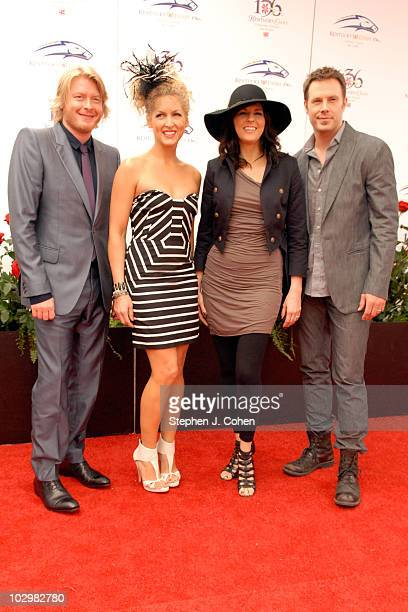 Phillip Sweet Karen Fairchild Kimberly Schlapmanand Jimi Westbrook of Little Big Town attends the 136th Kentucky Derby on May 1 2010 in Louisville...