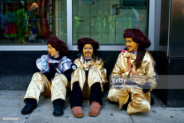 philly mummer's parade - mummers parade stock pictures, royalty-free photos & images