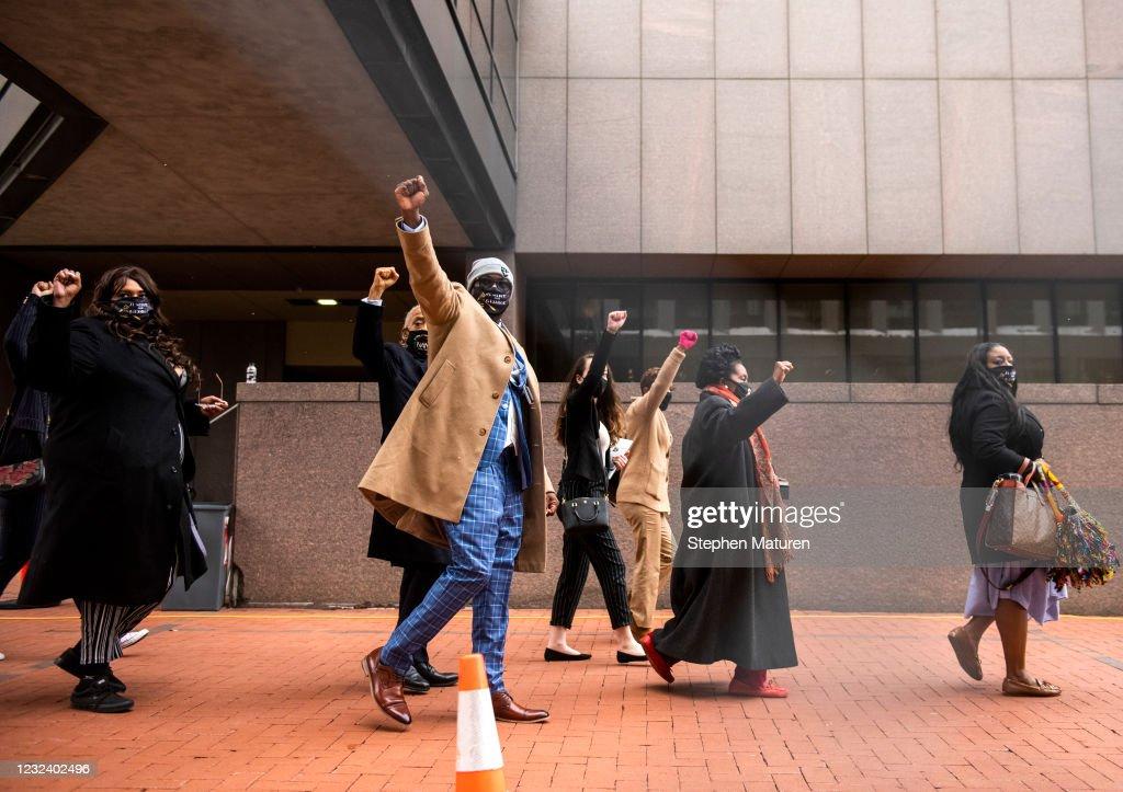 Minneapolis Braces For Verdict In Derek Chauvin Trial : News Photo