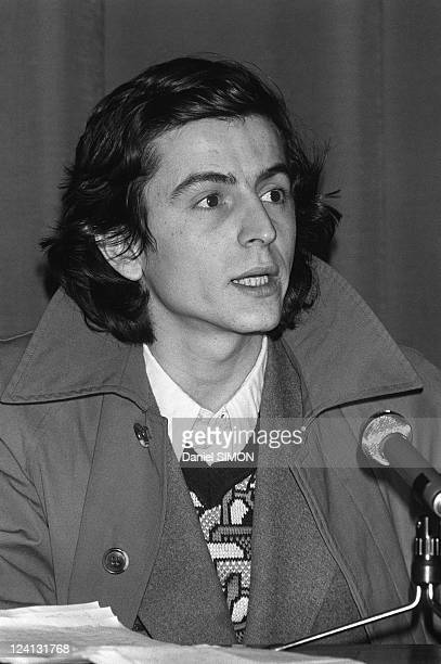 Philosopher Bernard Henri Levy at a press conference for the launch of a new daily L'imprevu In Paris France On January 23 1975 BernardHenri Levy...