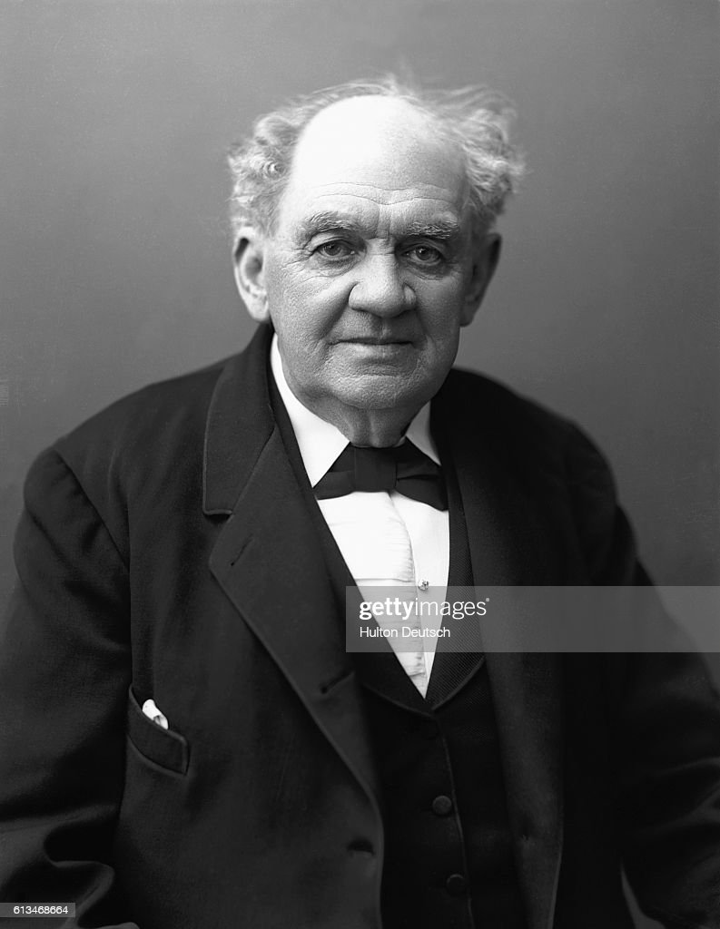 P t barnum photos pictures of p t barnum getty images phineas taylor barnum 1810 1891 the american showman founder of the stopboris Choice Image