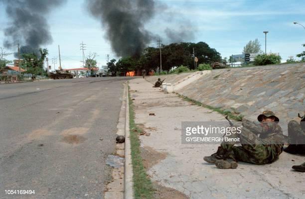 Phnom Penh Cambodge juillet 1997 Violents combats opposant les factions des deux coPremiers ministres du Cambodge Hun Sen et le prince Norodom...