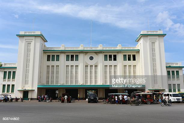 """phnom penh railway station, phnom penh, cambodia - cambodia """"malcolm p chapman"""" or """"malcolm chapman"""" stock pictures, royalty-free photos & images"""