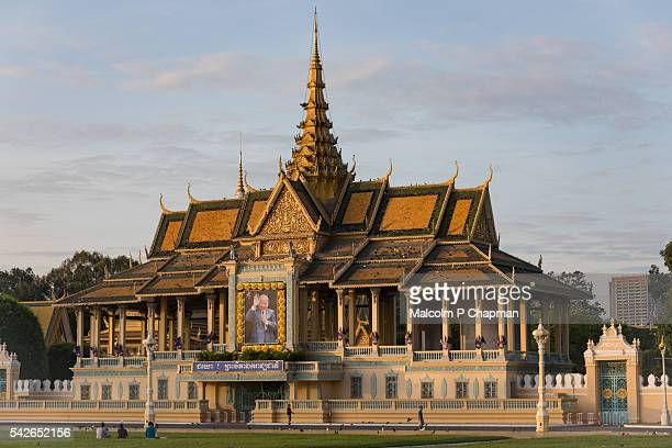 phnom penh royal palace, chan chaya pavilion, cambodia - phnom penh stock pictures, royalty-free photos & images