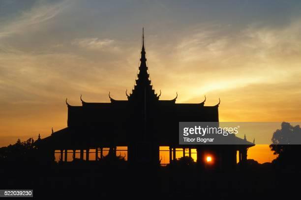 Phnom Penh, Royal Palace, sunset