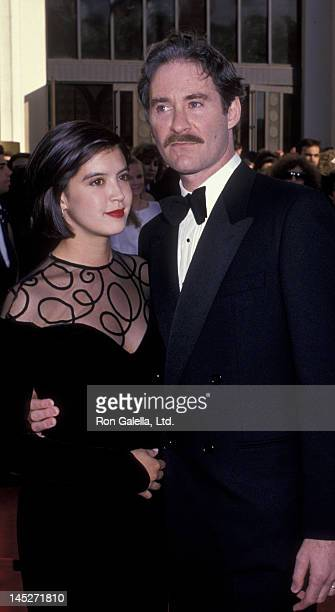 Phoebe Cates and Kevin Kline attend 61st Annual Academy Awards on March 29 1989 at the Shrine Auditorium in Los Angeles California