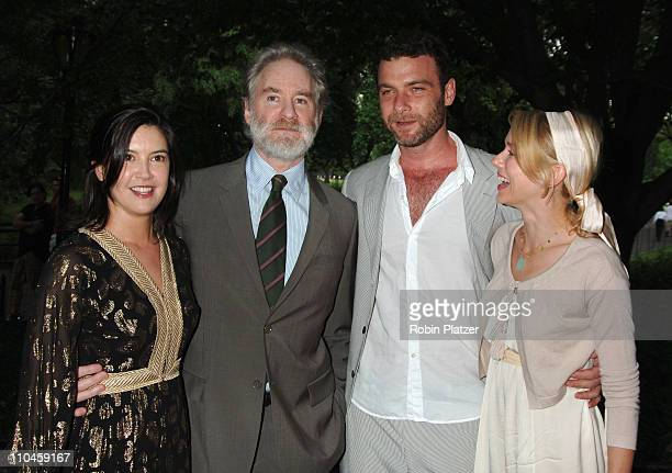 Phoebe cates kevin kline stock photos and pictures getty for Phoebe cates still married kevin kline