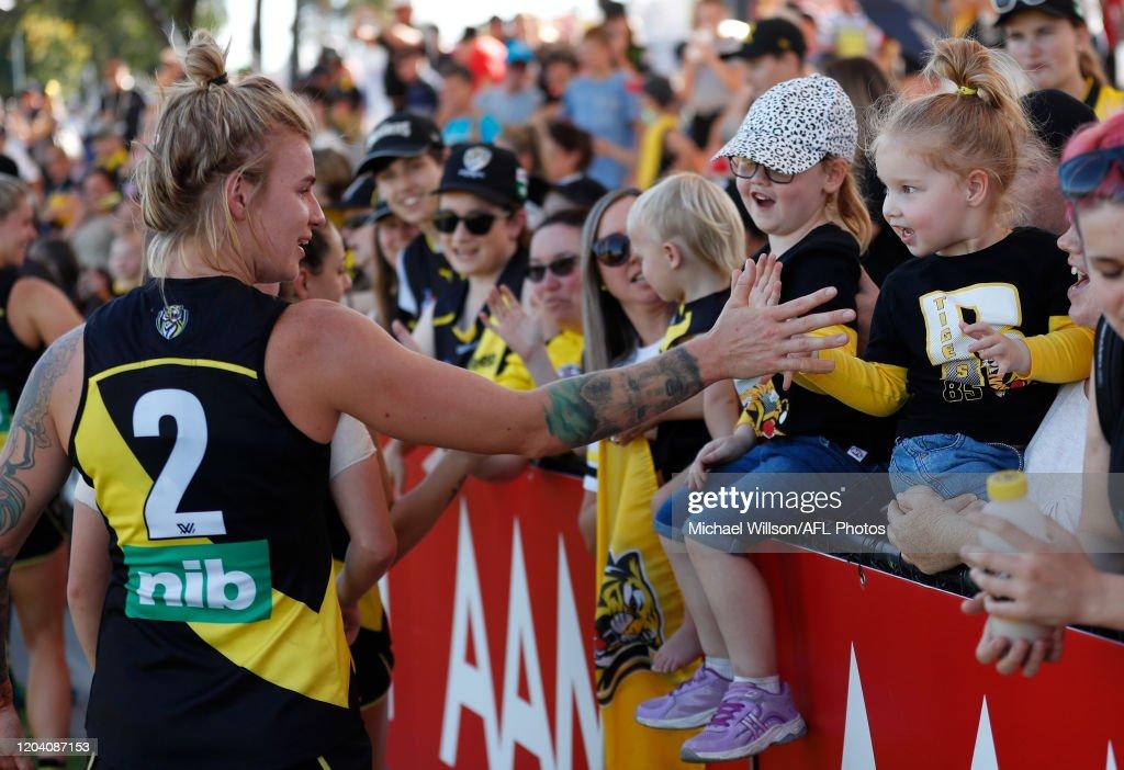 AFLW Rd 4 - Richmond v Geelong : News Photo