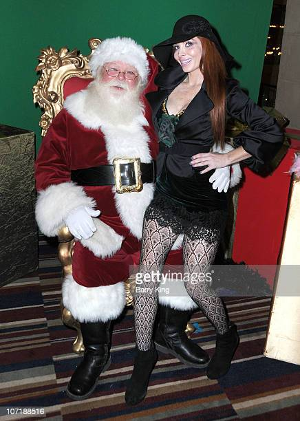 Phoebe Price attends Venice Magazine and Coca Cola's Parade Viewing Party at the Roosevelt Hotel on November 28 2010 in Hollywood California