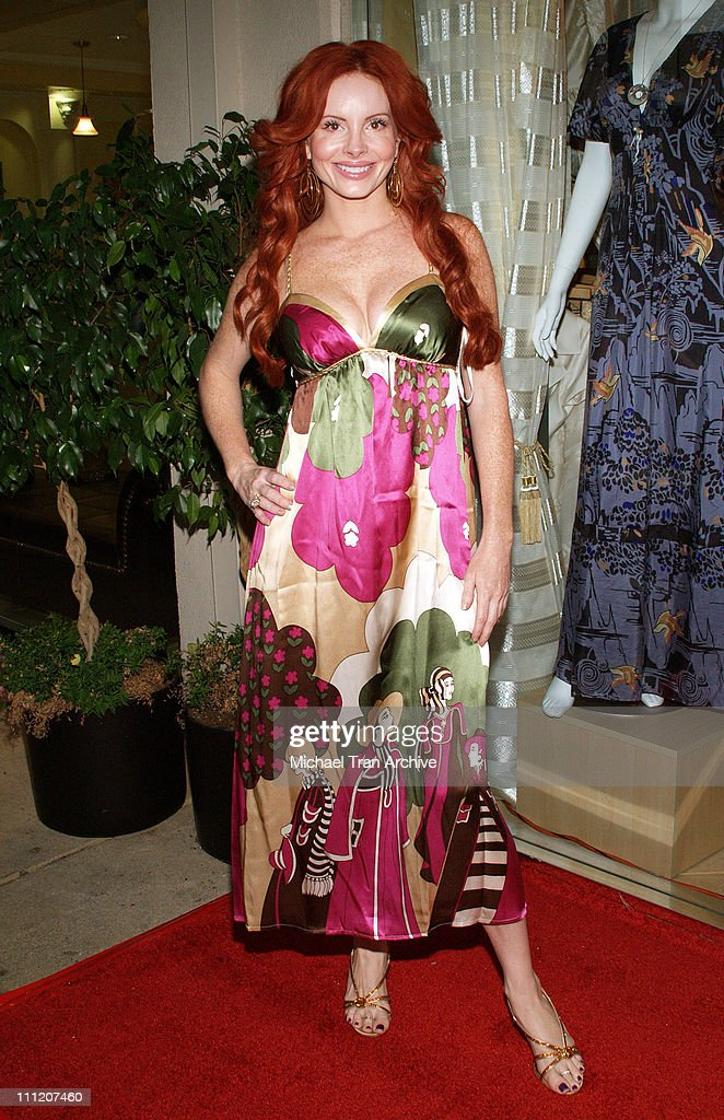 Phoebe Price during Fashion Party for Alan Del Rosario - August 24, 2006 at Linda McNair Boutique in West Hollywood, California, United States.
