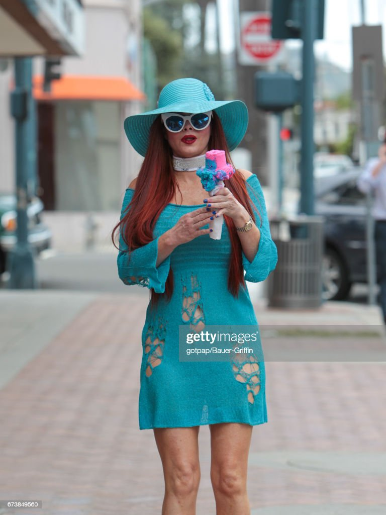 LOS ANGELES, CA - Phoebe Price strolls in downtown Beverly Hills, California. (Photo by gotpap/Bauer-Griffin/GC Images)