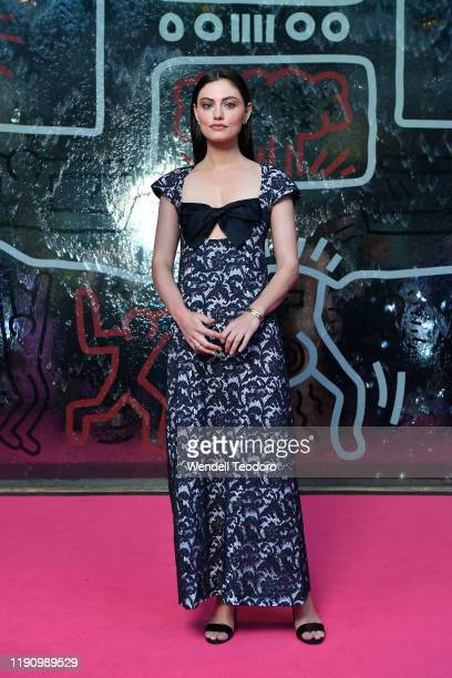 Phoebe Tonkin attends the NGV Gala 2019 at the National Gallery of Victoria on November 30 2019 in Melbourne Australia