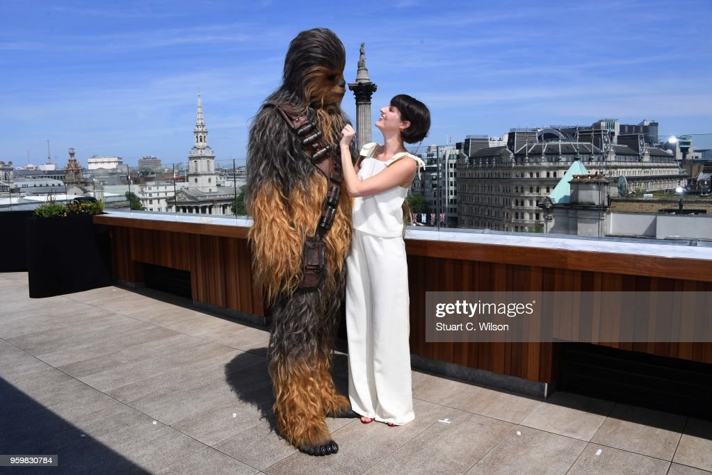 Phoebe Waller-Bridge and Chewbacca attend Solo: A Star Wars Story photocall on May 18, 2018 in London, United Kingdom.