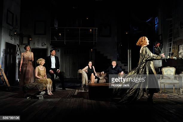 Phoebe WallerBridge as Sorel Bliss Amy Morgan as Jackie CorytonSam Callis as Sandy TyrellOlivia Colman as Myra ArundelKevin R McNally as David Bliss...