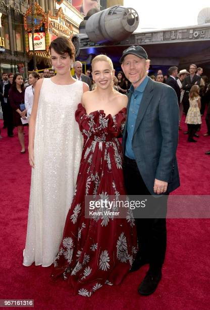 Phoebe WallerBridge Emilia Clarke and Ron Howard attend the premiere of Disney Pictures and Lucasfilm's Solo A Star Wars Story at the El Capitan...