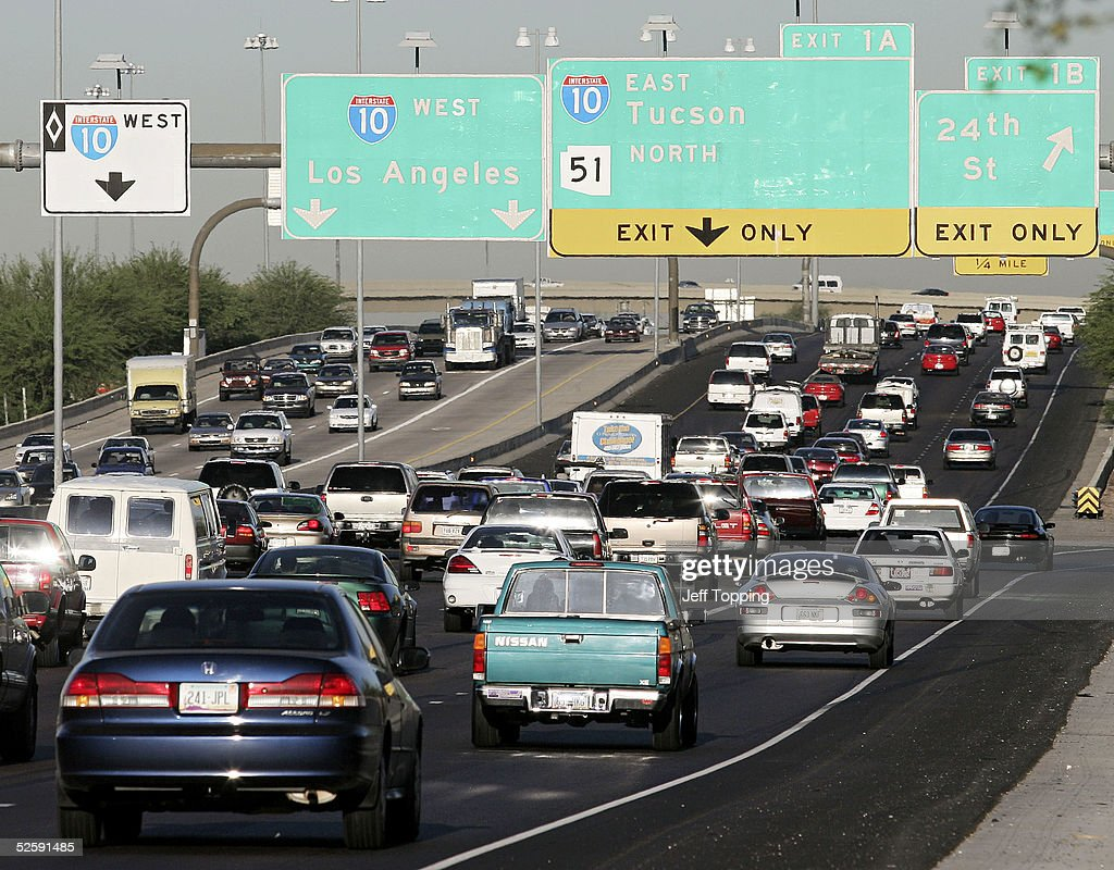 Phoenix Commuters Drive On The I 10 Freeway During The