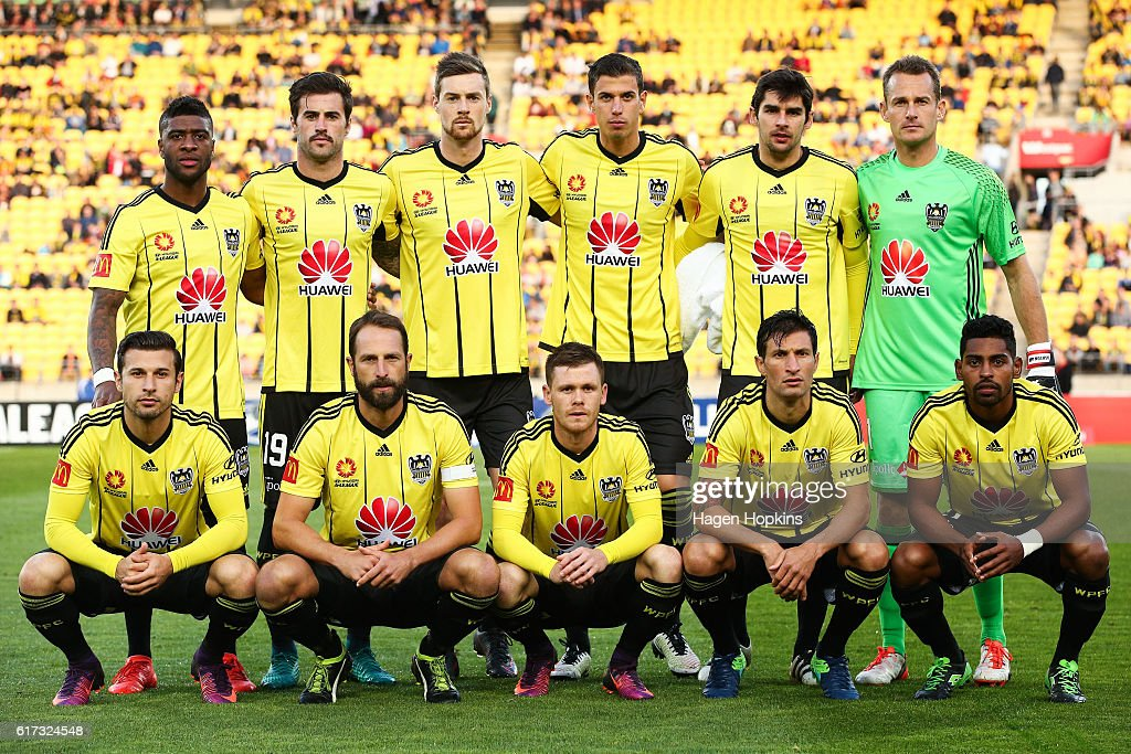 Phoenix players pose for a team photo during the round three A-League match between the Wellington Phoenix and Sydney FC at Westpac Stadium on October 23, 2016 in Wellington, New Zealand.