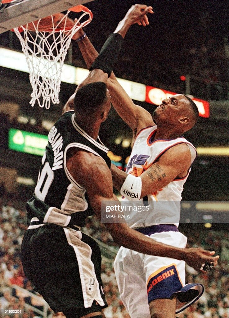 Phoenix suns guard penny hardaway r slam dunks pictures getty phoenix suns guard penny hardaway r slam dunks before san antonio spurs sciox Gallery