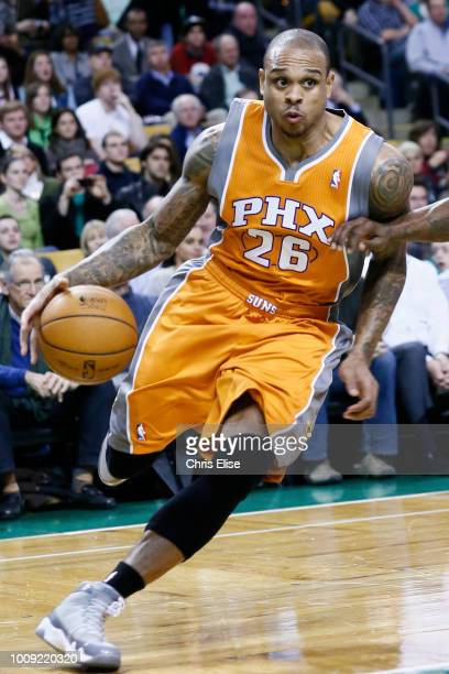 Phoenix Suns point guard Shannon Brown drives to the basket during the Boston Celtics 87-79 victory over the Phoenix Suns at TD Garden on January 9,...