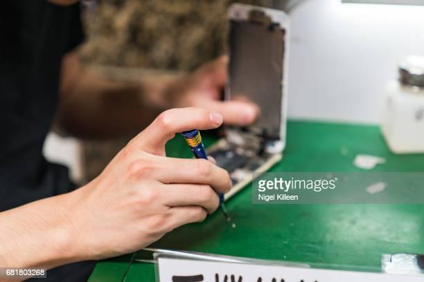 Phone repair, Hong Kong