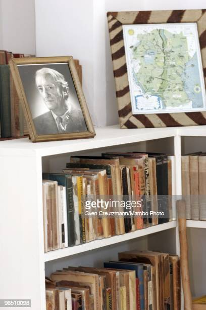 A photo and books in the livingroom of Ernest Hemingway�s house at the Finca Vigia on January 6 2007 in Havana Cuba The Hemingway Finca Vigia now...