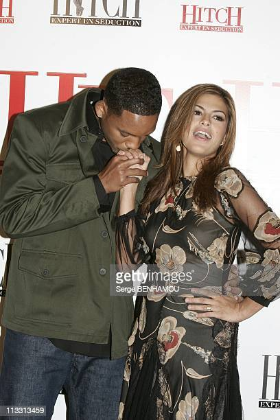Photo Call For The Film 'Hitch' With Will Smith In Paris On February 28Th 2005 In Paris France Will Smith And Eva Mendes