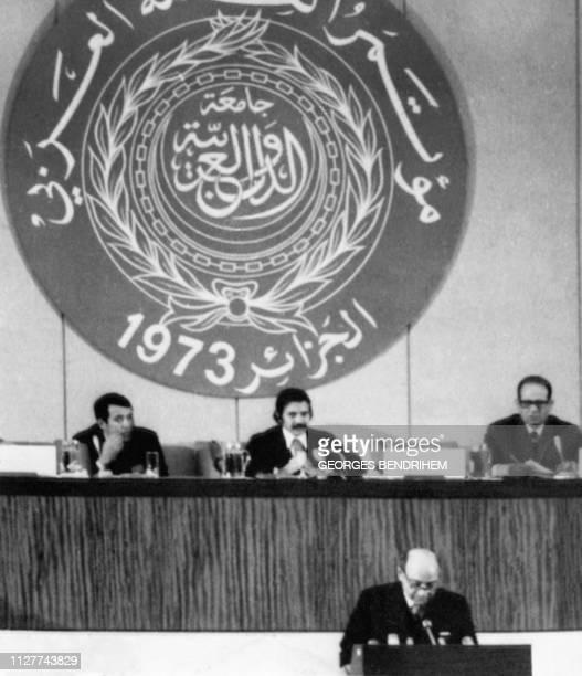 Photo d'archive datée du 27 novembre 1973 du ministre algérien des Affaires Etrangères Abdelaziz Bouteflika au VIème sommet arabe à Alger