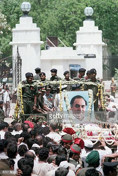 photo dated 24 May 1991 of funeral procession for assassinated former Indian Prime Minister Rajiv Gandhi departing from Teen Murti Bhavan in the...
