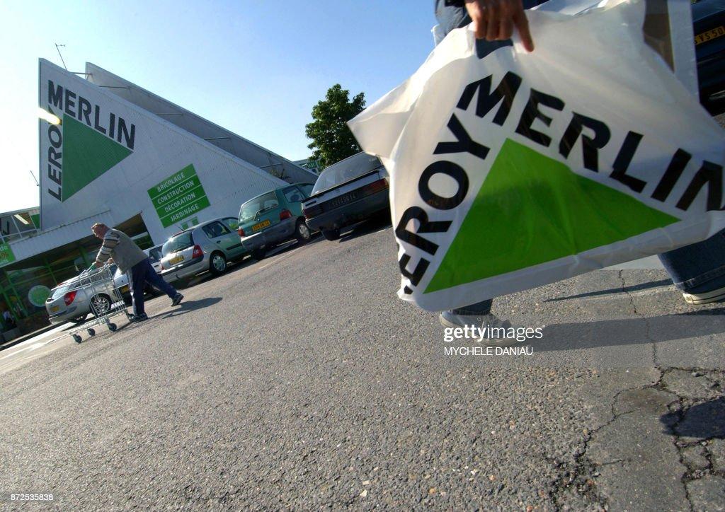 Photo de clients du magasin Leroy Merlin de Mondeville (Calvados ...