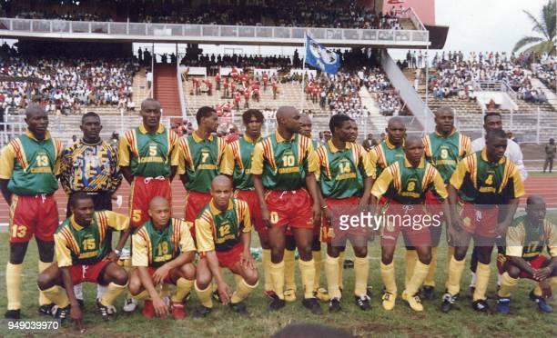 Photo de famille de l'équipe nationale de football du Cameroun le plus régulier des pays africains en Coupe du Monde Le Cameroun arrive en France...
