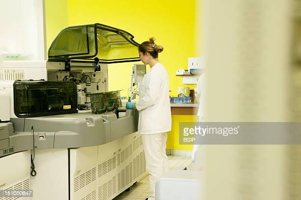 Photo Essay At The Hospital Of Meaux 77, France. Laboratory Of Biochemistry. Automaton Of Chemistry, Biochemistry And Immunodiagnostics, Synchron Lxi...