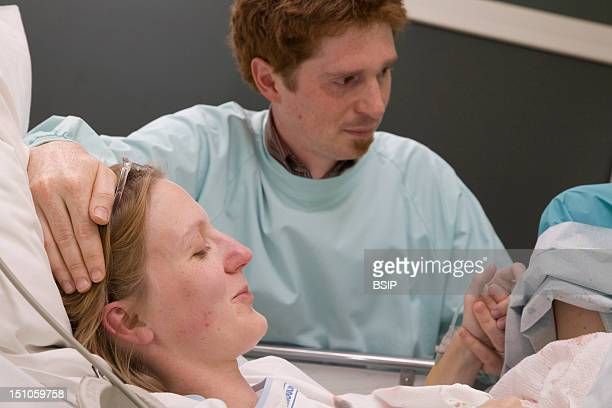 Photo Essay At The Maternity Of Saint Vincent De Paul Hospital Lille France Labor Delivery Recovery Room Natural Delivery Of Girl Twins