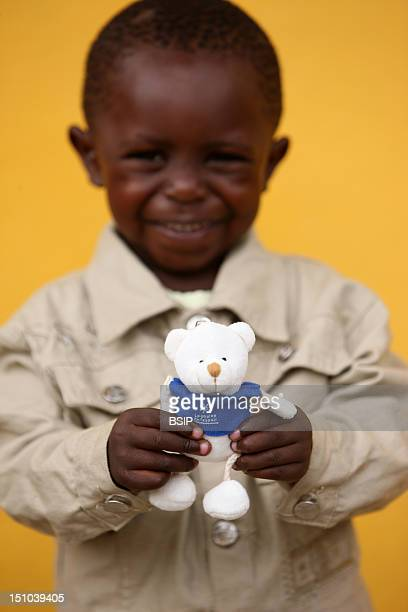 Photo Essay In Congo Chain Of Hope African Boy With A Toy
