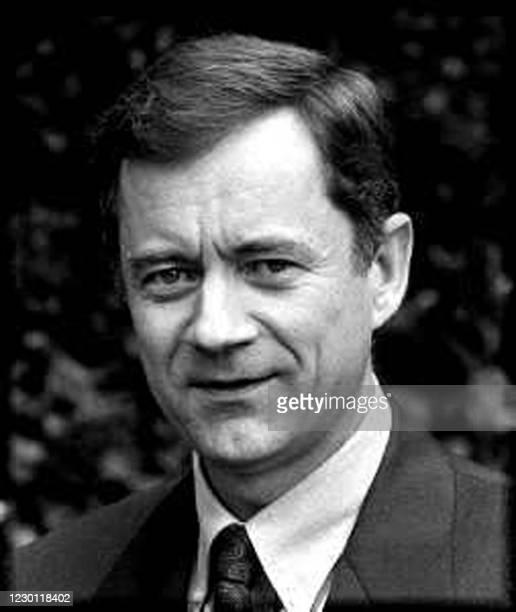 Photo non datée de Dominique Dubois qui vient d'être nommé, le 31 juillet 2001 préfet de Corse en remplacement de Jean-Pierre Lacroix. Dominique...